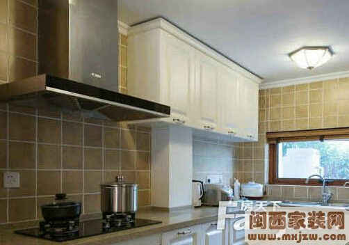 厨房插座高度