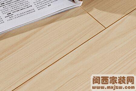 浅色地板配什么颜色家具好?浅色地板用什么颜色的家具会更好?