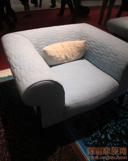 全新米兰家具系列   五彩斑斓的罗奇堡