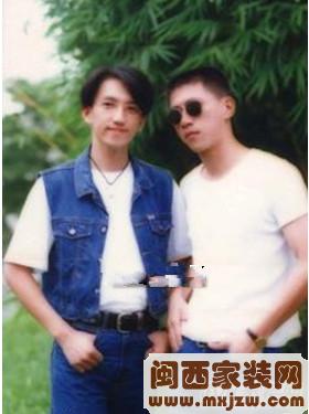 网传林志炫与《我是歌手》经纪人热恋   帅气阳光家居照揭秘